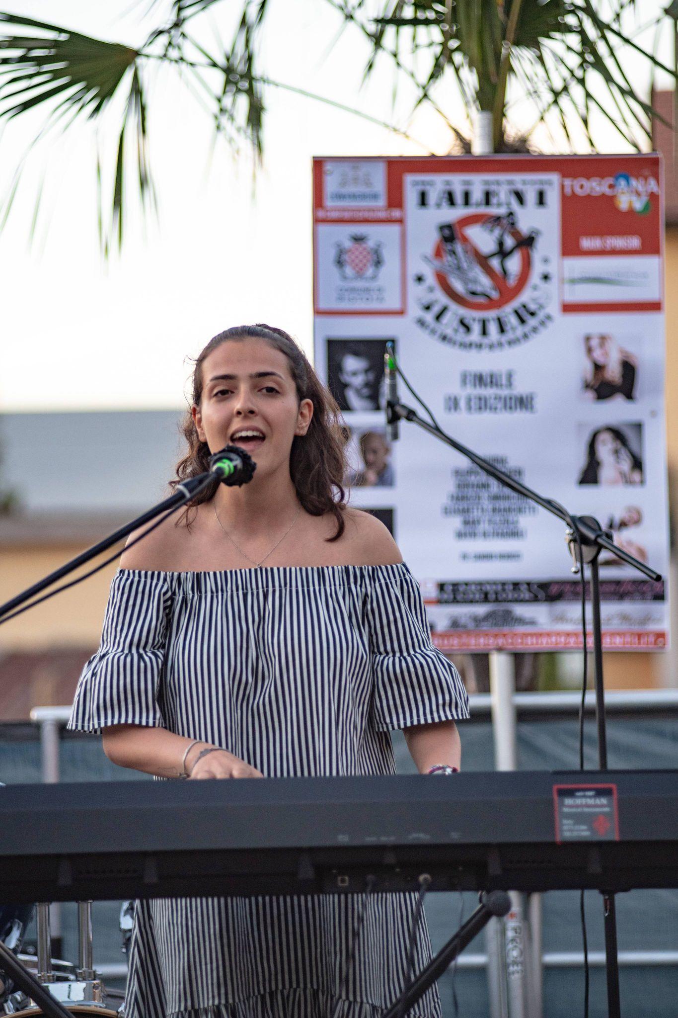 Vittoria Piliero vincitrice cat. cantautori under 18